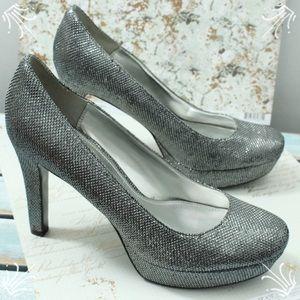 Nina Silver Heels Size 7.5
